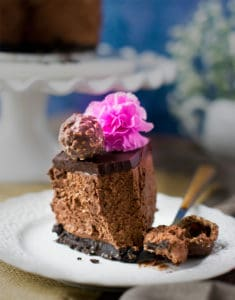 No bake eggless ferrero rocher mousse cake