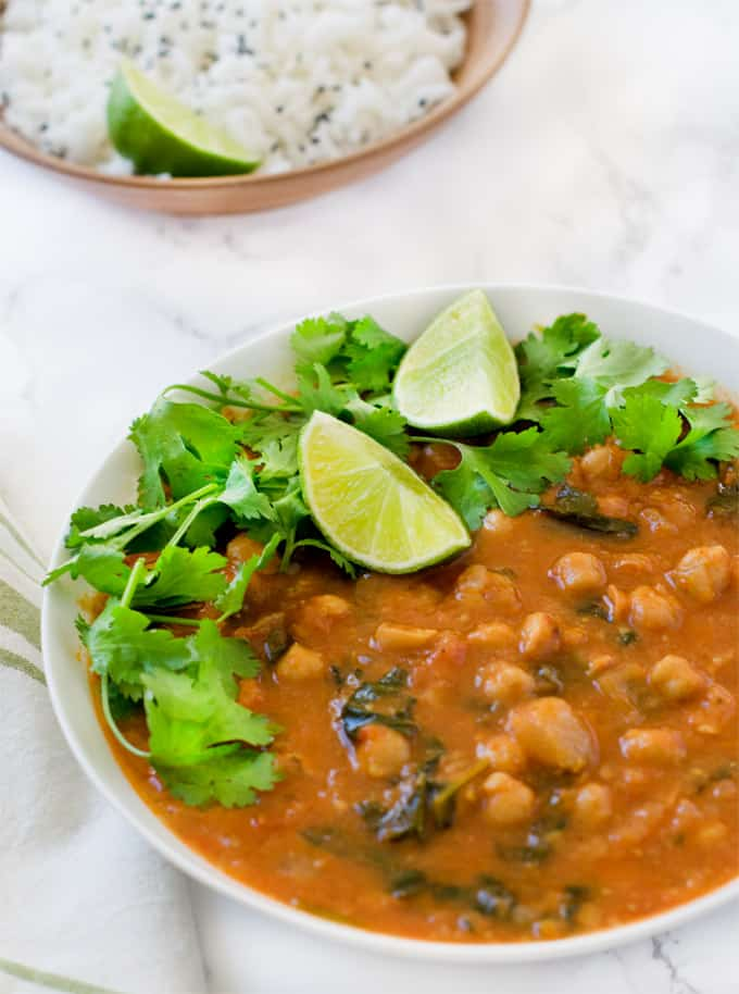 Instant Pot Chana Masala / chickpea curry / cholay