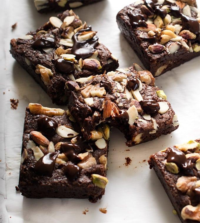 eggless-cocoa-brownies-vegan-fudgy