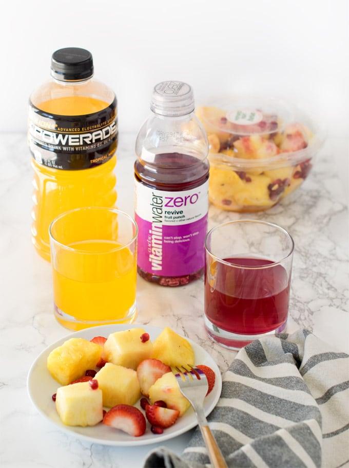 Poweade-vitamin-water-fruits-snacking