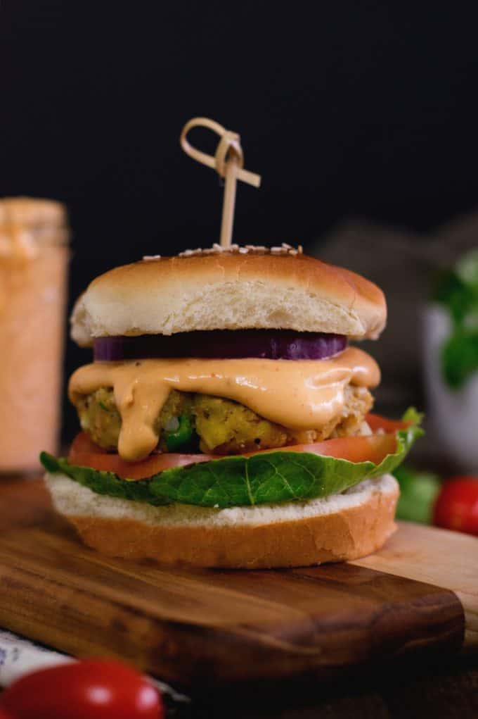 3 ingredient killer vegan burger sauce recipe which takes just 1 minute to whip up .It is spicy , creamy and full of zing that you wish to have in your burger sauce.