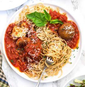 spaghetti with ricotta cheese balls aglio e olio sauce