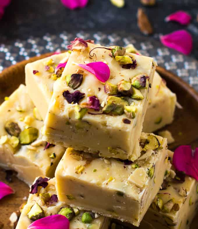Condensed Milk Fudge Easy 3 Ingredient Fudge Recipe