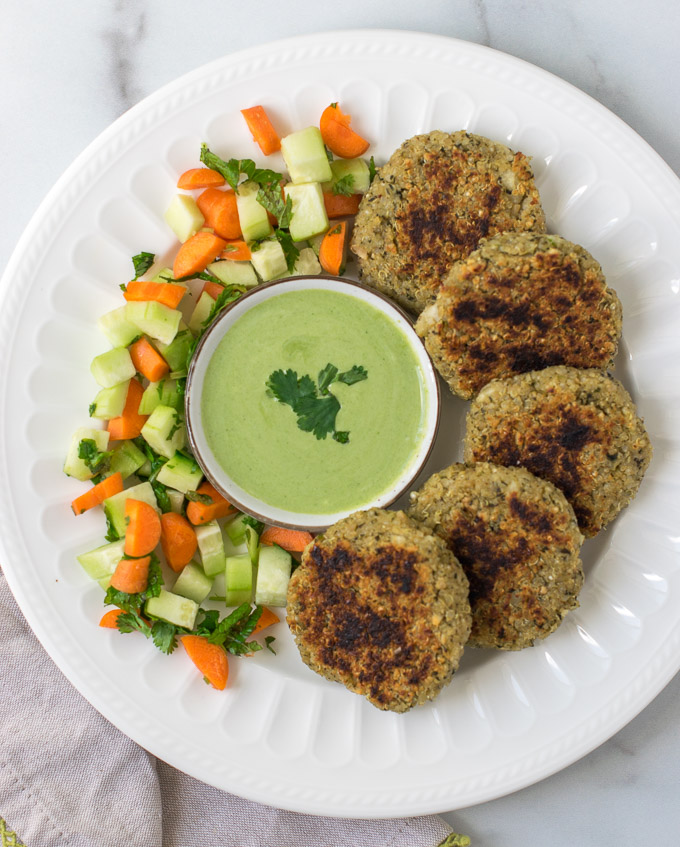 Quinoa paneer patties with green dip and salad