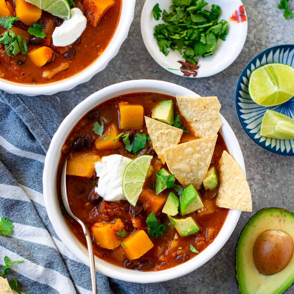 Butternut Squash Black Bean Chili served in two bowls